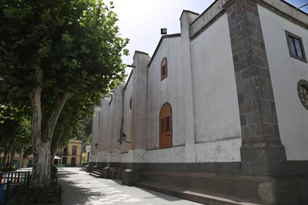 fachada iglesia