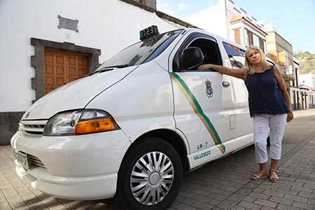 201029 mujer taxista