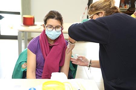 210224 vacunacion centro